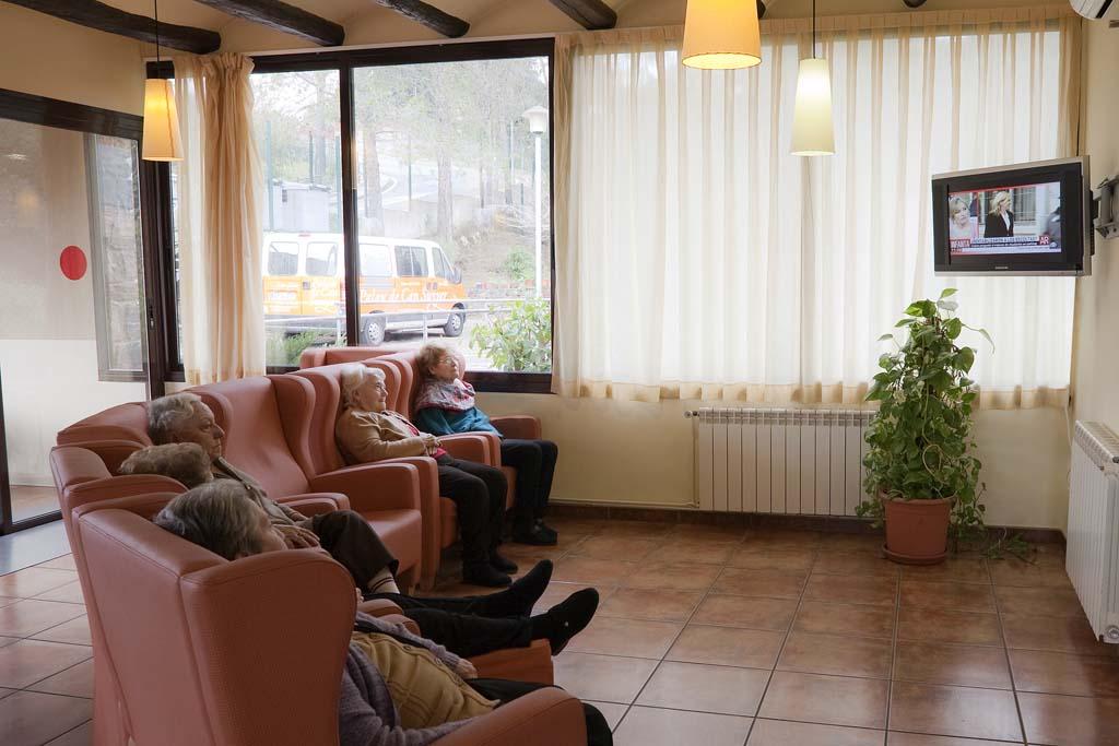 instalacions-amplies-residencia-avis