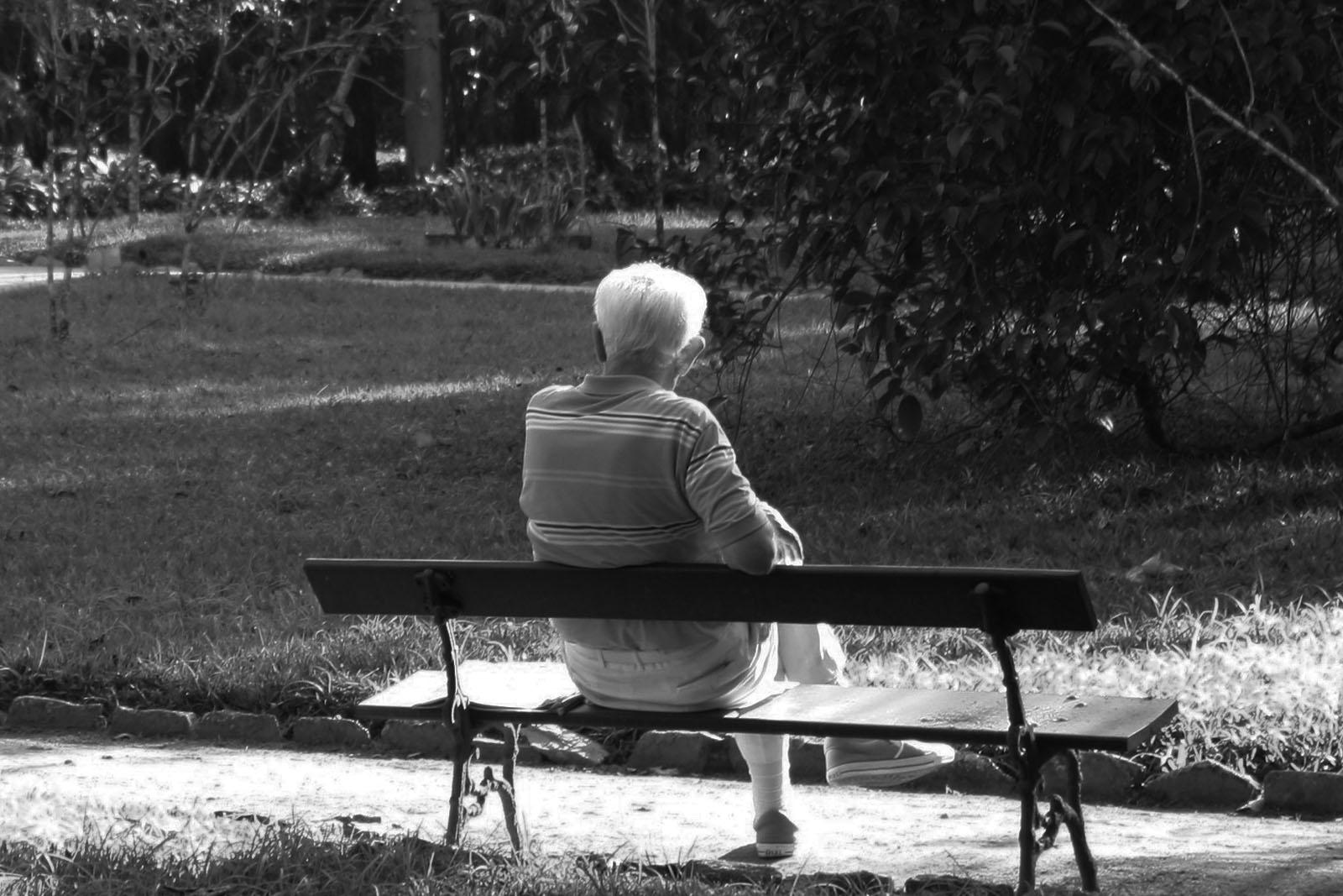 depressio-gent-gran-depresion-personas-mayores-bn
