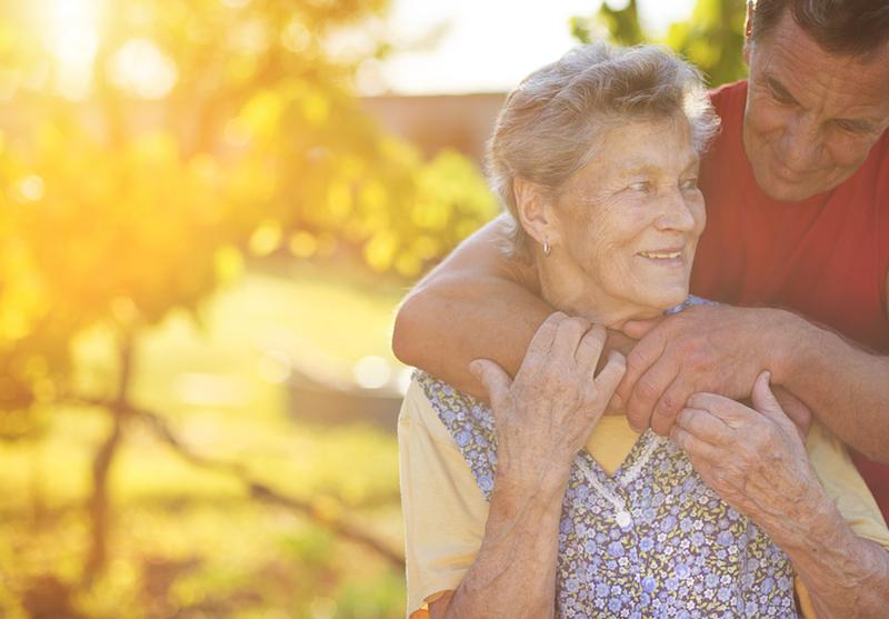 cuidado de ancianos en Castellbisball