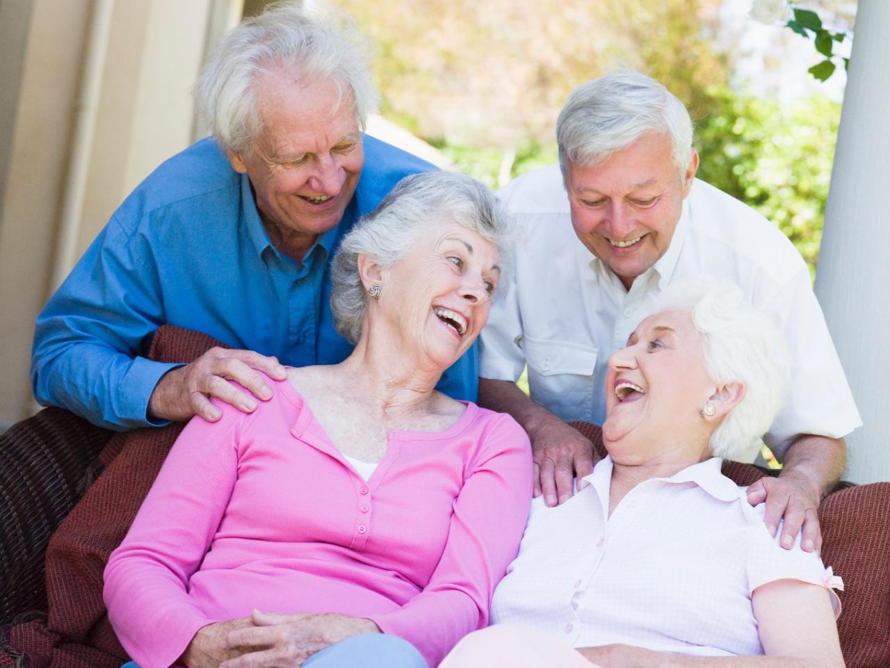 Los beneficios de las actividades sociales en la tercera edad