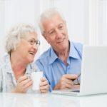 Com utilitzar internet per relacionar-se amb persones afins