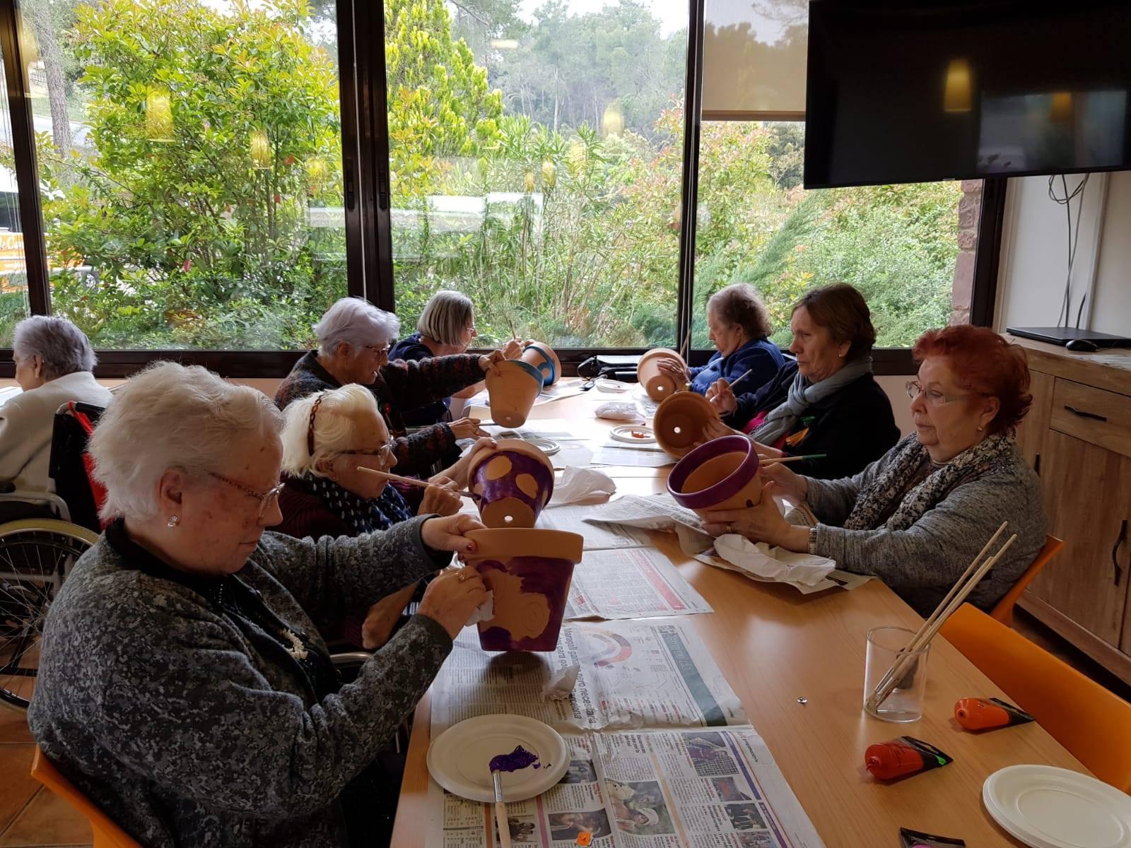 Centre de dia per a gent gran: beneficis